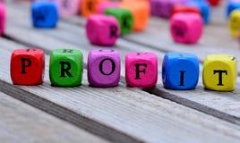 Palavra do lucro na tabela foto de stock