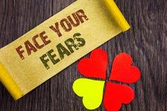 Palavra, escrita, cara do texto seus medos Bravura corajoso da confiança conceptual de Fourage do medo do desafio da foto escrita foto de stock royalty free