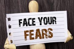 Palavra, escrita, cara do texto seus medos Bravura corajoso da confiança conceptual de Fourage do medo do desafio da foto escrita fotografia de stock royalty free