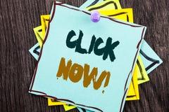 Palavra, escrita, clique do texto agora Conceito do negócio para a bandeira do livro ou do registro do sinal para Join Apply escr fotografia de stock