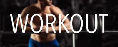 A palavra EXERCÍCIO no halterofilista obscuro do fundo no gym imagens de stock