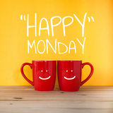 Palavra feliz de segunda-feira Duas chávenas de café Foto de Stock