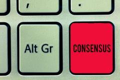 Palavra que escreve o consenso do texto Conceito do negócio para o acordo geral sobre o evento sujeito particular ou o teclado da fotografia de stock