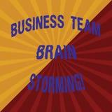 Palavra que escreve o negócio Team Brain Storming do texto Conceito do negócio para a reunião de funcionamento dois Tone Sunburst imagem de stock royalty free