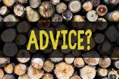 Palavra que escreve o texto Advicequestion O conceito do negócio para aconselhar a assistência do incentivo recomenda o boi do ap fotos de stock