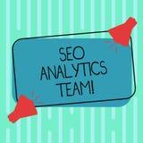 Palavra que escreve o texto Seo Analytics Team Conceito do negócio para mostrar quem fazem o processo que afeta a Web em linha do ilustração royalty free