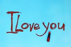 Palavras eu te amo escritas pelo batom fotos de stock
