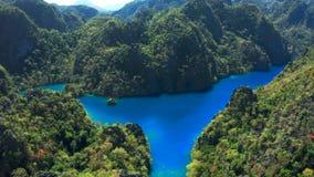 Palawan, Филиппины, вид с воздуха Kayangan и озеро барракуд в острове Coron акции видеоматериалы