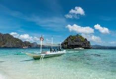 PALAWAN, FILIPINAS - 24 DE JANEIRO DE 2018: Shimizu Island no EL Nido, Palawan Ilha da excursão A com parada do almoço imagens de stock royalty free