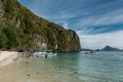 PALAWAN, PHILIPPINEN - 24. JANUAR 2018: 7 Kommando-Strand in EL Nido, Palawan, Philippinen stockfotografie