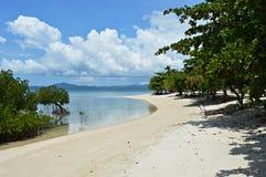 Palawan plaża przy Arrecifa wyspą przy Filipiny Zdjęcie Stock