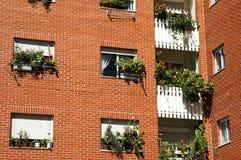 Palazzina di appartamenti Immagini Stock