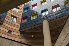 Palazzina di appartamenti Colourful nella città di Londra Fotografia Stock
