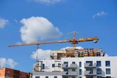 Palazzina di appartamenti in costruzione Fotografia Stock Libera da Diritti