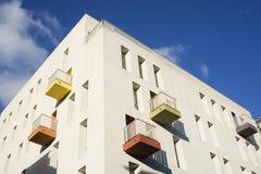 Palazzina di appartamenti moderna Immagini Stock