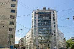 Palazzo στην πλατεία Ηνωμένες Πολιτείες της Αμερικής στο Μιλάνο Έδρα της αμερικανικής πρεσβείας στοκ εικόνα