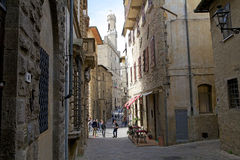 Palazzo dei Priori在沃尔泰拉,托斯卡纳,意大利的历史的中心 库存照片