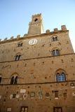 Palazzo dei Priori i Volterra (Tuscany, Italien) Fotografering för Bildbyråer