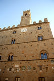Palazzo-dei Priori in Volterra (Toskana, Italien) Stockbild