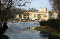 Palazzo del â di Lazienki su acqua. Varsavia, Polonia. Fotografia Stock Libera da Diritti
