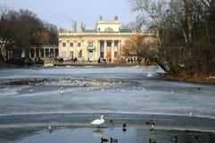 Palazzo del â di Lazienki su acqua. Varsavia, Polonia. Immagini Stock