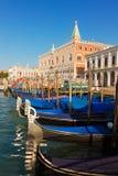 Palazzo del doge e delle gondole, Venezia, Italia Fotografia Stock Libera da Diritti