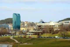 Palazzo del forum della città di Vilnius a tempo di molla Fotografie Stock