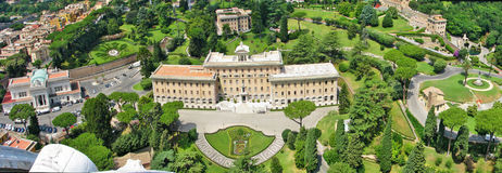 Palazzo del Governorate del Vaticano e dei giardini del Vaticano Immagini Stock Libere da Diritti