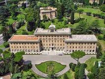 Palazzo del Governorate del Vaticano e dei giardini del Vaticano Fotografie Stock Libere da Diritti