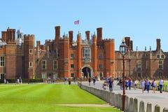 Palazzo del Hampton Court Fotografia Stock Libera da Diritti