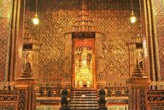 Palazzo del kaew di pra di Wat grande alla notte Bangkok Fotografia Stock