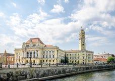 Palazzo del municipio della città in Oradea Fotografia Stock Libera da Diritti