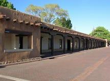 Palazzo del palazzo di Govenors sulla plaza in Fe di Sasnta, New Mexico fotografia stock libera da diritti
