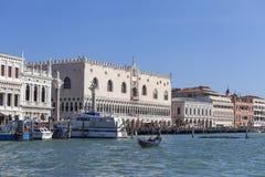 Palazzo del ` s del doge sulla piazza San Marco, vista del mare, Venezia, Italia Fotografia Stock Libera da Diritti