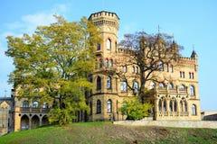 Palazzo dell'unione lituana degli architetti nella città di Vilnius a tempo di autunno Immagini Stock Libere da Diritti