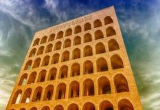 Palazzo della CiviltàItaliana,亦称方形的罗马斗兽场,罗马, 免版税库存照片