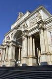 Palazzo delleEsposizioni neoclassical mässhall i Rome Royaltyfri Bild