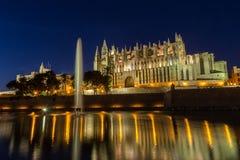 Palazzo di Almudaina e di Palma Cathedral Fotografie Stock Libere da Diritti