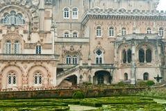 Palazzo di Buçaco e particolare del giardino Immagini Stock Libere da Diritti