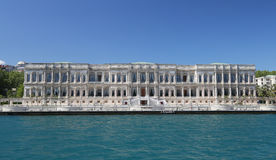 Palazzo di Ciragan nella città di Costantinopoli, Turchia Fotografie Stock Libere da Diritti