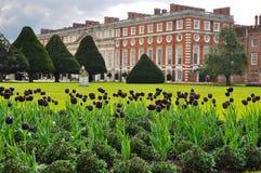Palazzo di Hampton Court, Londra, Regno Unito fotografia stock libera da diritti