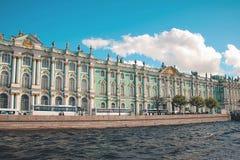 Palazzo di inverno a St Petersburg Immagini Stock