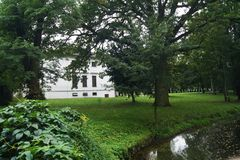 Palazzo di Kiernozia e giardino del ` Ornano, amante famoso Polonia di Marie Walewska d di Bonaparte Fotografie Stock Libere da Diritti