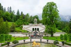 Palazzo di Linderhof in Baviera Germania, uno dei castelli di ex re Ludwig II Fotografia Stock