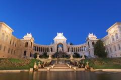 Palazzo di Longchamp a Marsiglia nella sera fotografia stock libera da diritti