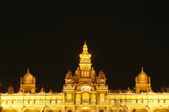 Palazzo di Mysore alla notte Fotografia Stock