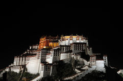 Palazzo di Potala a Lhasa Tibet fotografie stock libere da diritti