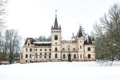 Palazzo di Stameriena Gulbene, Lettonia nell'inverno Fotografia Stock Libera da Diritti