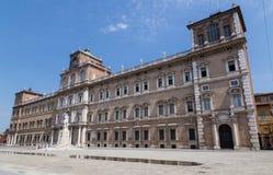 Palazzo Ducale Modena Emilia Romagna Italy stock foto