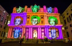 Palazzo Ducale, przedstawienie dedykował Andy Warhol wydarzenia ujawnienie w genui, Włochy Projekcja reprezentuje twarz Marilyn M obraz stock